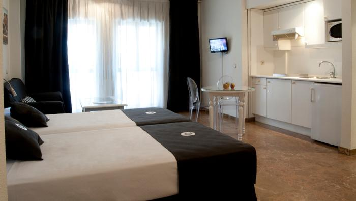Aparthotel Quo Eraso | Madrid | Accommodation - 1